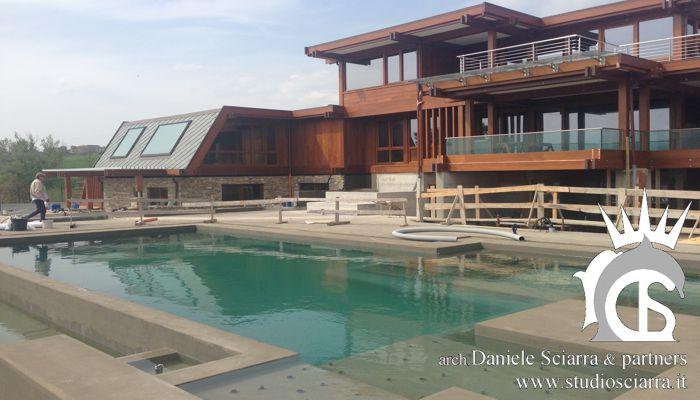 Progettazione grandi ville in legno con piscina
