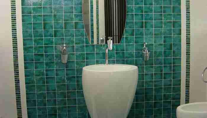 Il bagno moderno in cerasarda